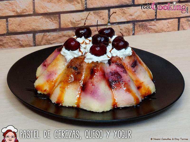 pastel de cerezas con queso y yogur en microondas
